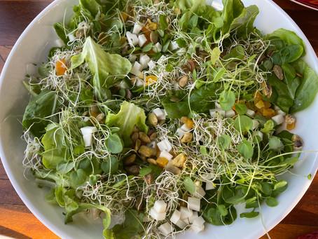 Salada de couve criativa
