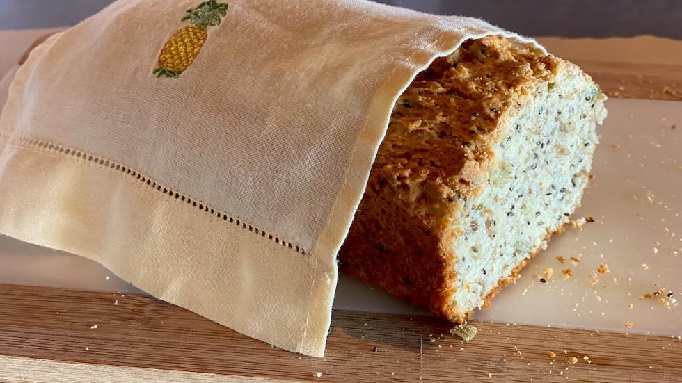 Pão de Chia e Cenoura Ralada Sem Glúten - Schaer