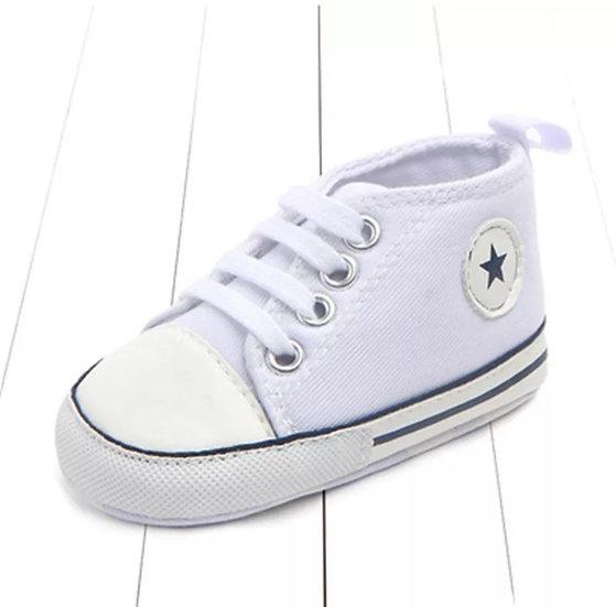 Classic Canvas Sport Shoe in White