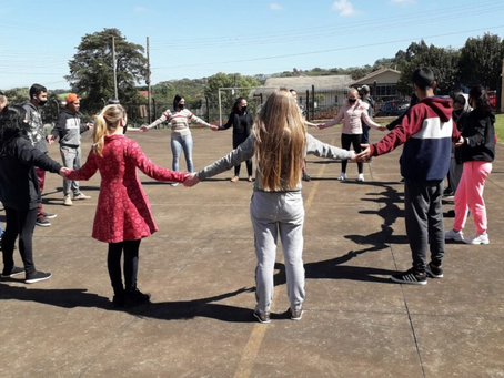 UNIDEAU realiza atividade de formação para alunos e professores da Escola Estadual de Quatro Irmãos