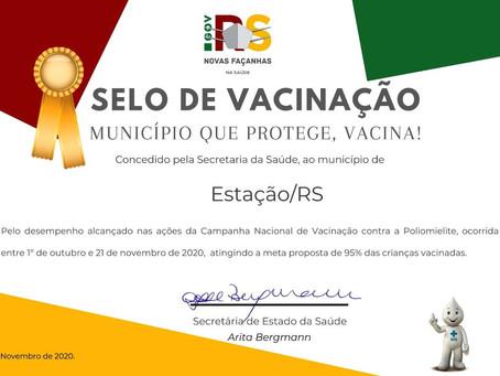 Estação recebe certificado por atingir meta da vacinação contra a polio