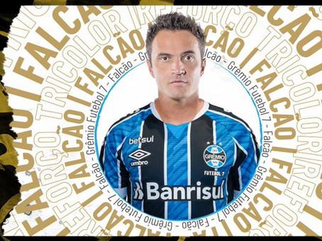 Craque Falcão é reforço do Time de Futebol 7 do Grêmio