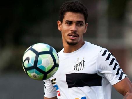 Lucas Veríssimo, zagueiro do Santos, pede para não jogar contra o Grêmio