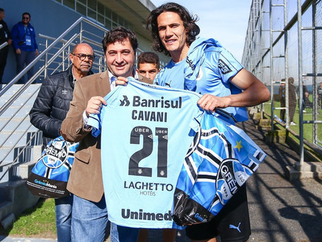 Grêmio desiste de contratar Cavani
