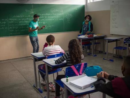 Governo elabora portaria para abertura de todas as escolas em agosto