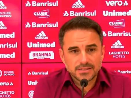 Em súmula, árbitro relata ofensas de executivo do Inter após empate com o Flamengo