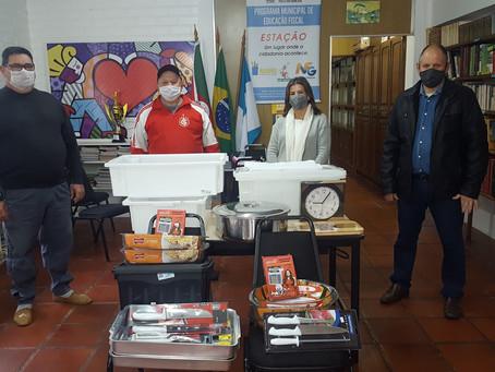 Associação dos Amigos do Bairro São Pedro de Estação recebe doação