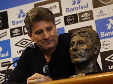 Vice-presidente do Grêmio não descarta saída de Renato após queda na Libertadores