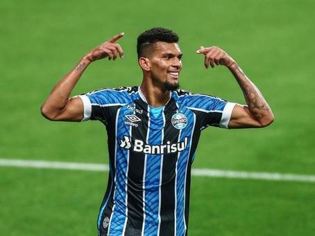 Grêmio vence a Católica por 2 a 0 e se classifica às oitavas na Libertadores