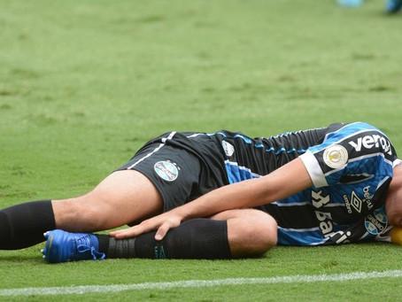 Geromel tem lesão de ligamento no tornozelo e desfalca o Grêmio por pelo menos dois meses