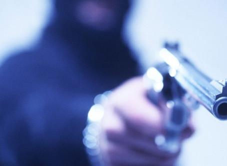 Mesmo com o isolamento social, país teve alta de 6% no número de assassinatos no primeiro semestre
