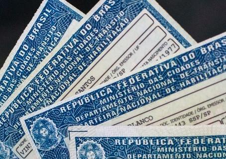 Câmara aprova alterações no Código de Trânsito; carteira de motorista terá validade de 10 anos