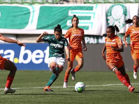Inter vence Palmeiras e sobe para terceira colocação do Brasileirão Feminino