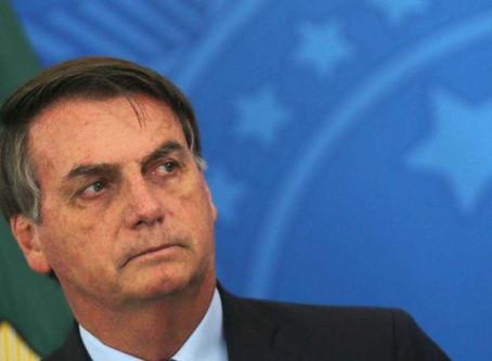 Bolsonaro veta parte do perdão a dívidas tributárias de igrejas, mas quer que veto seja derrubado