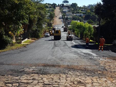Começa asfaltamento de cerca de 3 km de ruas em Estação