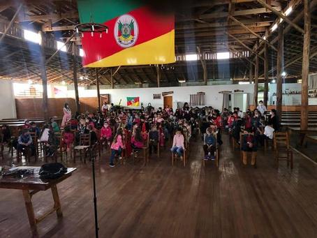 Escolas de Erebango realizam atividades alusivas à Semana Farroupilha