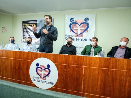 Dentro do Avançar na Saúde, Leite assina repasse de R$ 3,5 milhões para hospital em Erechim