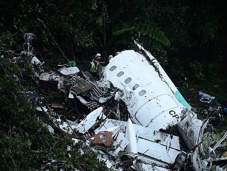 Polícia Federal prende controladora boliviana investigada por tragédia no voo da Chapecoense
