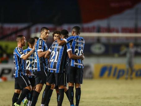 Com gol de falta de Jean Pyerre, Grêmio vence clássico contra o Inter