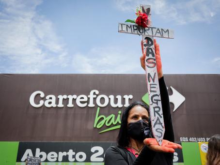 Defensoria Pública do RS pede indenização de R$ 200 milhões em ação coletiva contra Carrefour