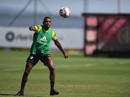 Escalação do Inter: Rodinei, Edenílson e Maurício devem voltar ao time titular no Gre-Nal