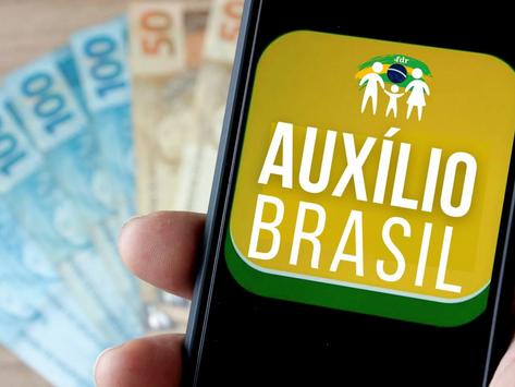 Auxílio Brasil será de R$ 400 até o fim de 2022