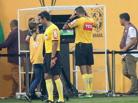 Associação internacional promove nove mudanças nas regras do futebol; entenda cada uma