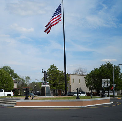 Jamestown, KY Monument Square
