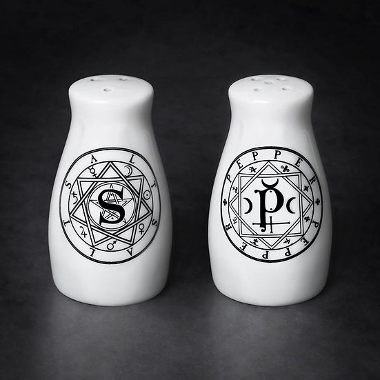 Pentagram Gothic Salt & Pepper Shakers by Alchemy Gothic 1977