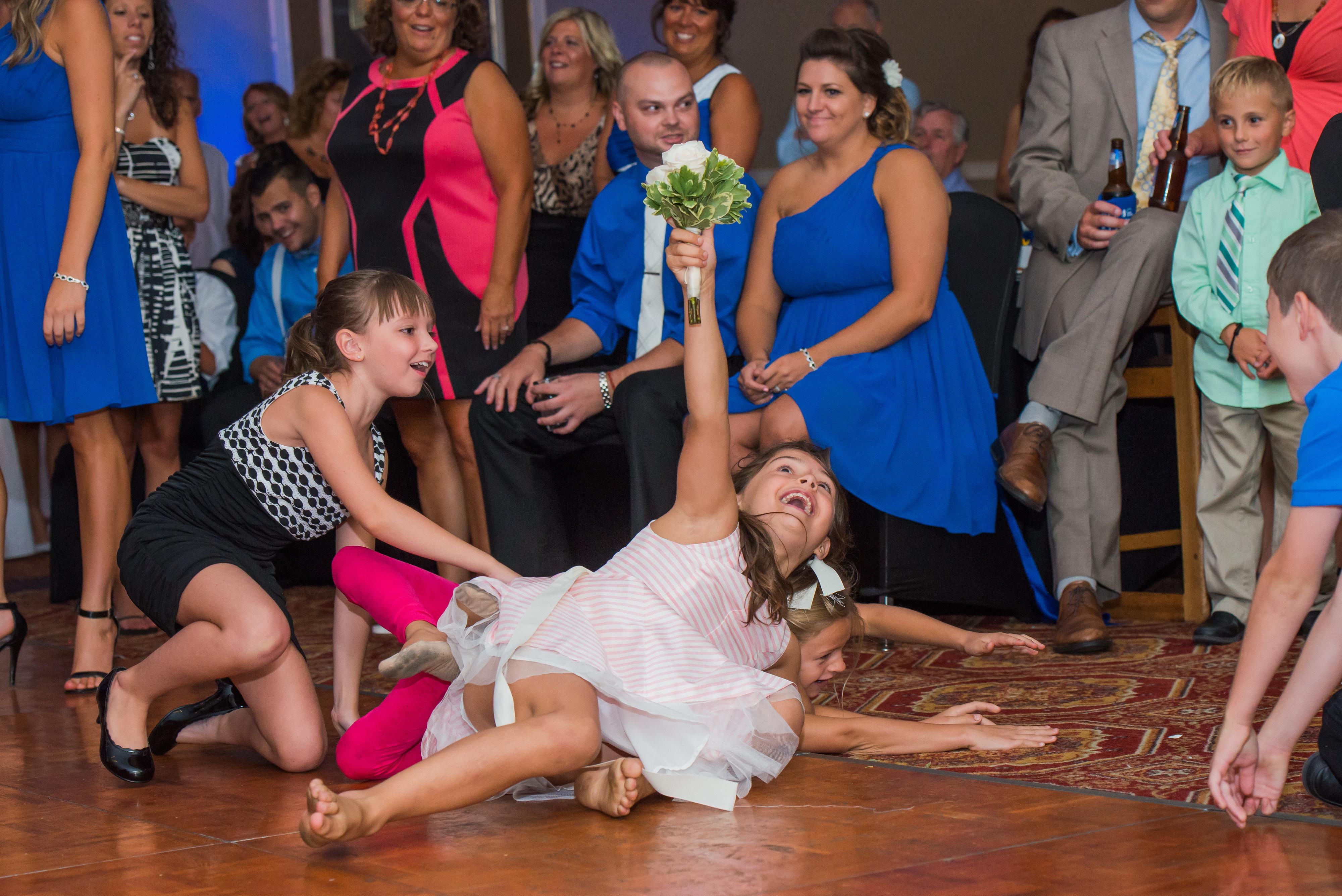 Bouquet Toss #4 Erie DJs Wedding DJ