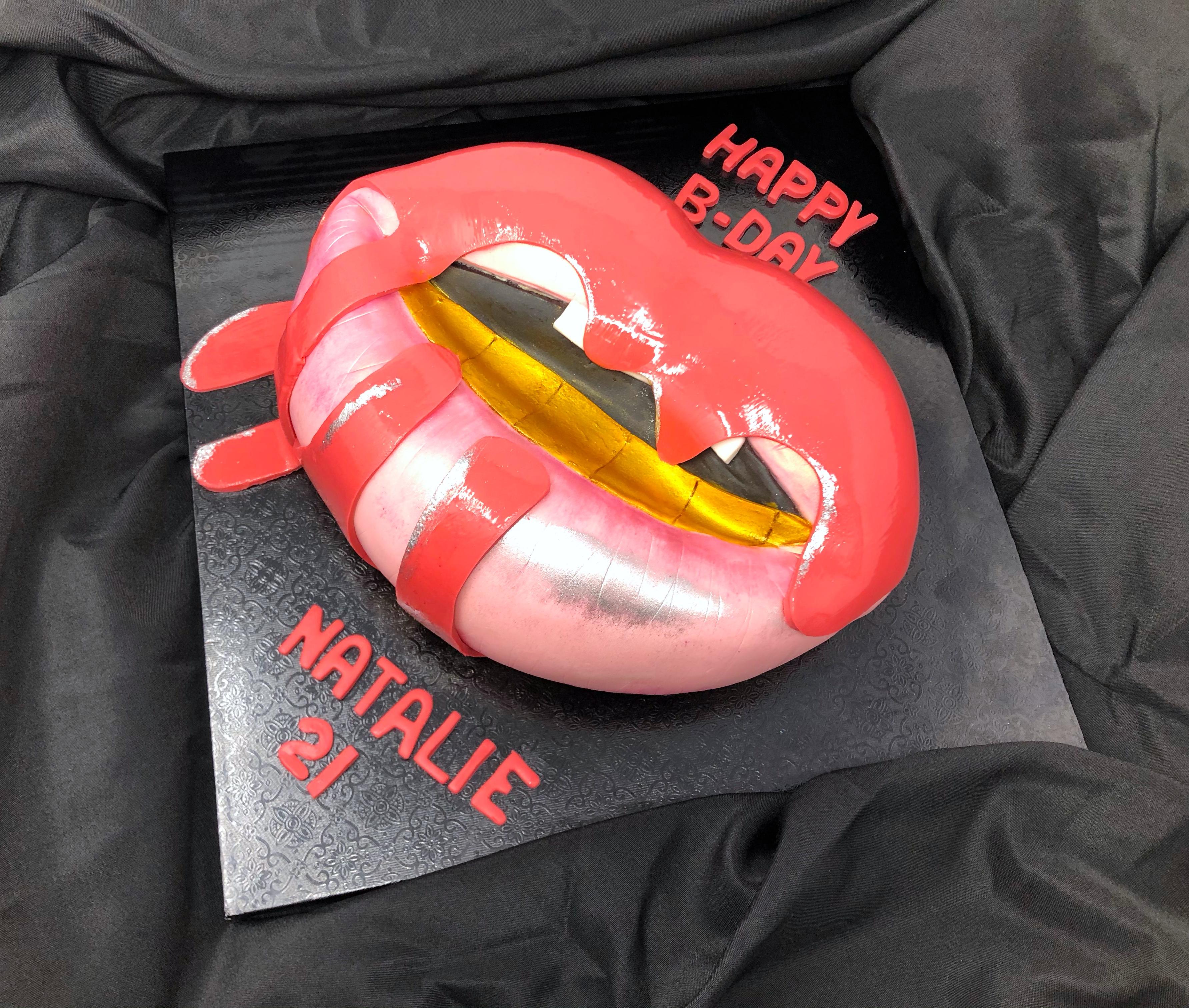 Kylie Lip Kit 3D Cake