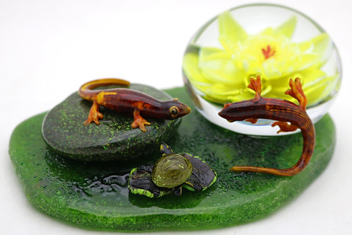 Rick Ayotte Salamander & Turtle Lotus Pond Art Glass Sculpture