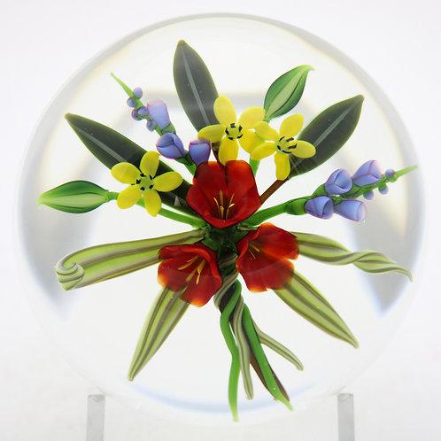 Wonderful Chris Buzzini Botanical Flower Bouquet Art Glass Paperweight