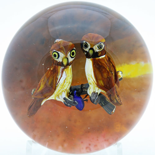 Large Rick Ayotte Pair of Owls & Beetle Sunset Art Glass Paperweight