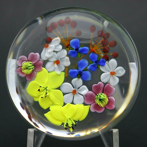 Paul Stankard Floral First Bouquet Art Glass Paperweight
