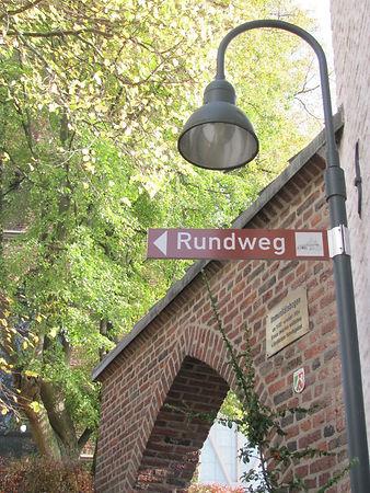 Altstadtrundweg-1-773x1030.jpg