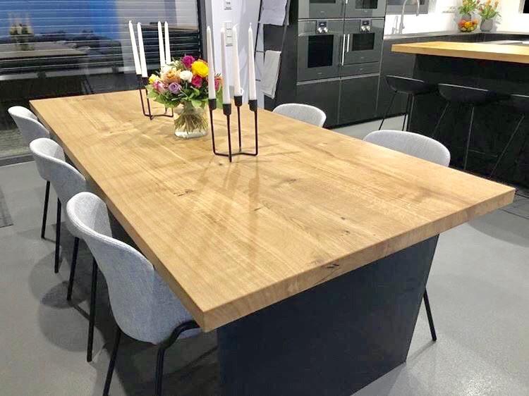 Esstisch und Küchentheke passend Eiche