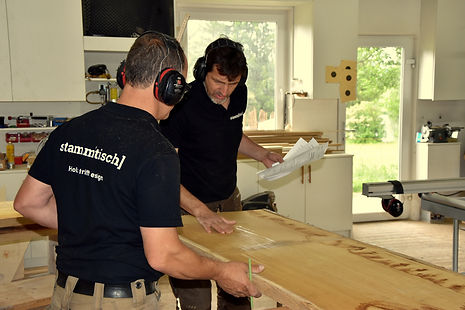 Holztisch vom Schreiner