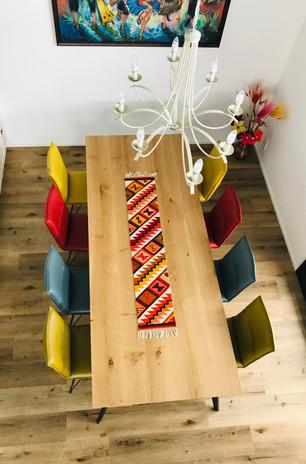 Esstisch BO (270 x 110 cm, Eiche, 4 cm, holztypische Maserung, farblos geölt)