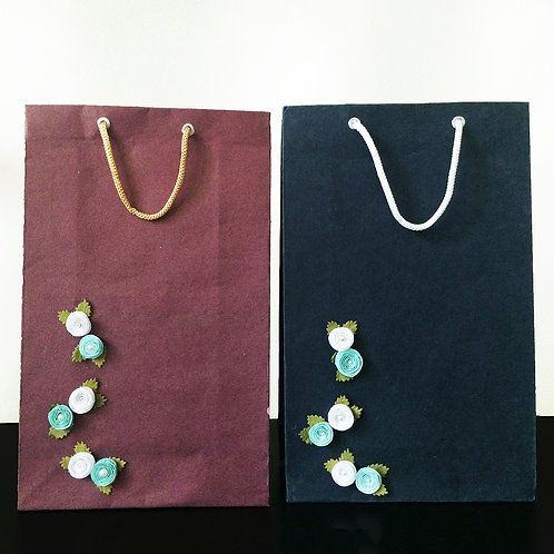 Mini White&Blue Pearl Centered Flowers - Gift Bags (Set of 2)