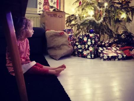 Uusperheessä lasten jaksaminen vedetään jouluna äärirajoille – suklaaähkyn sijaan tuli ihmisäh