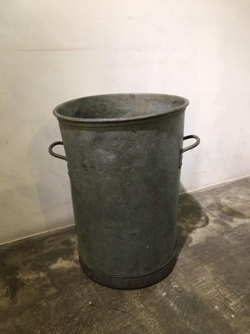 アンティークドラム缶