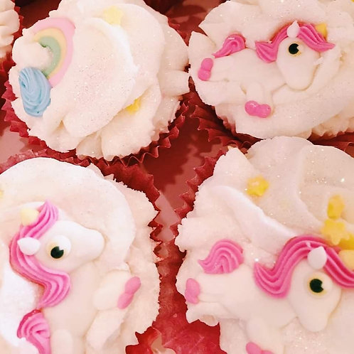 Triple cupcake licorne