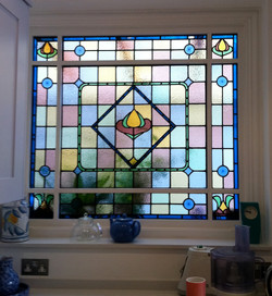 kitchen-window-stained-glass