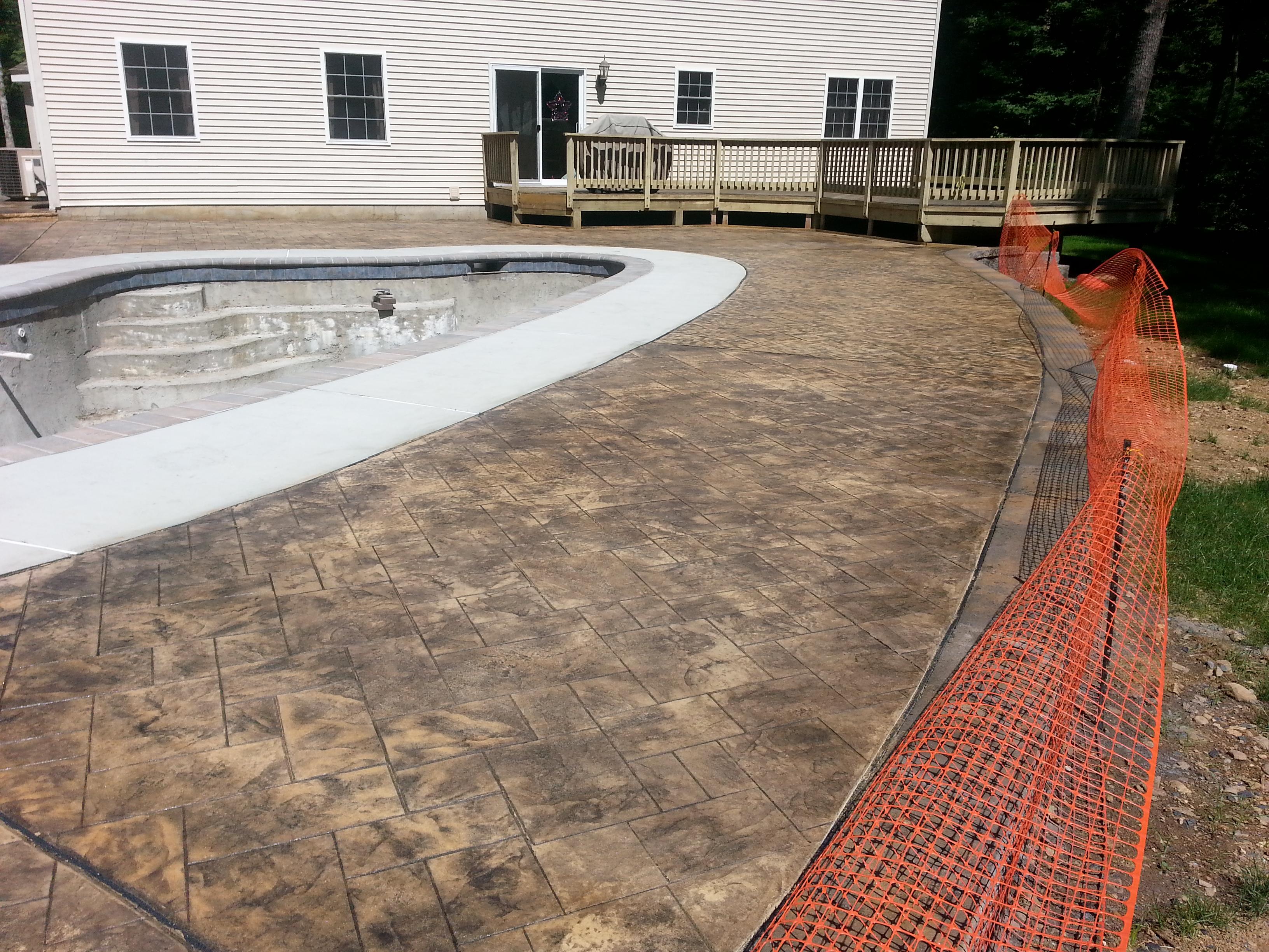 Concrete Pool Surrounding