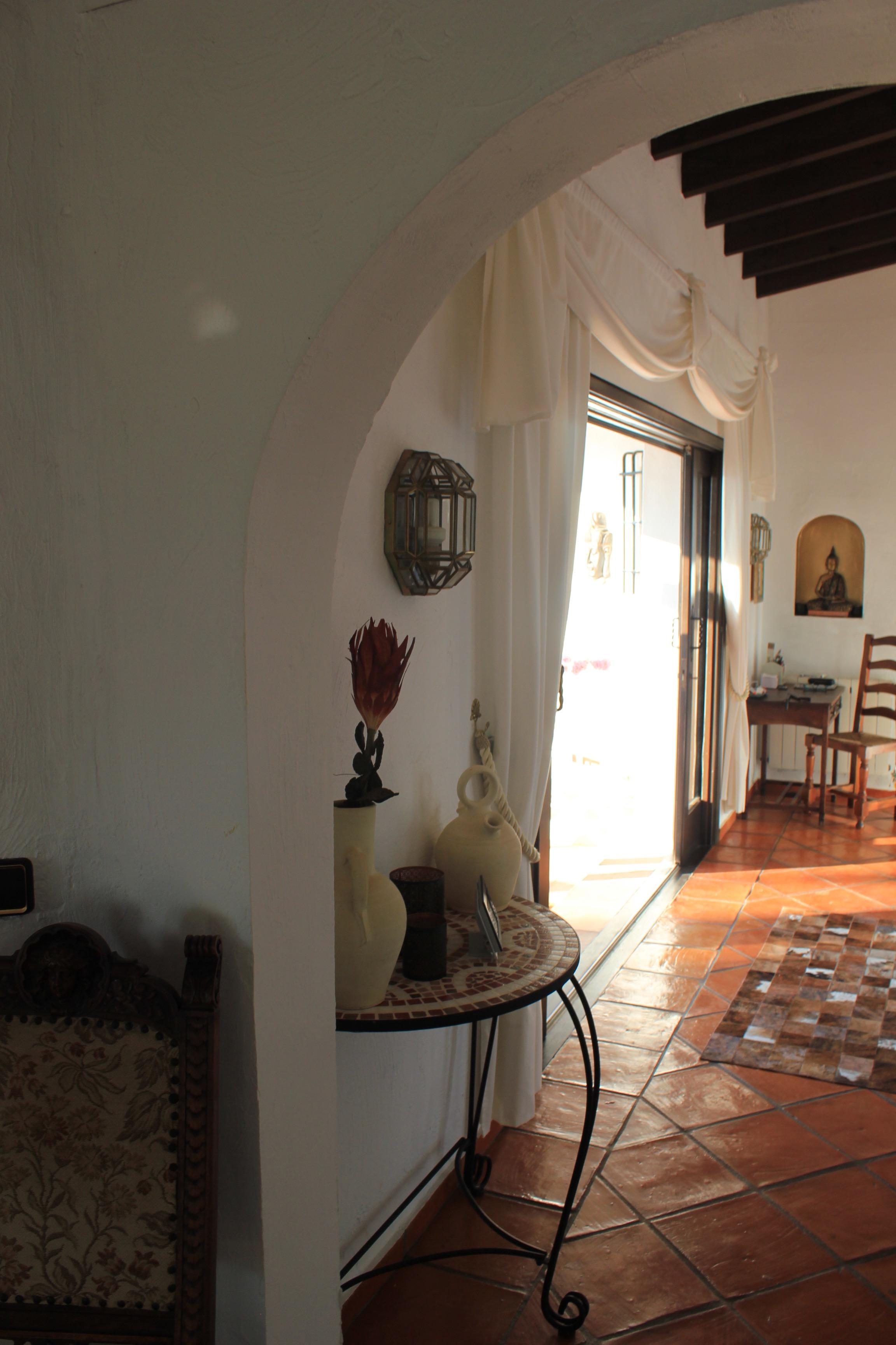 The hallway of Villa Finca El Refugi