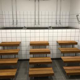 Trapper til koldtvands bade. iforbindelse med nye omklædningsrum