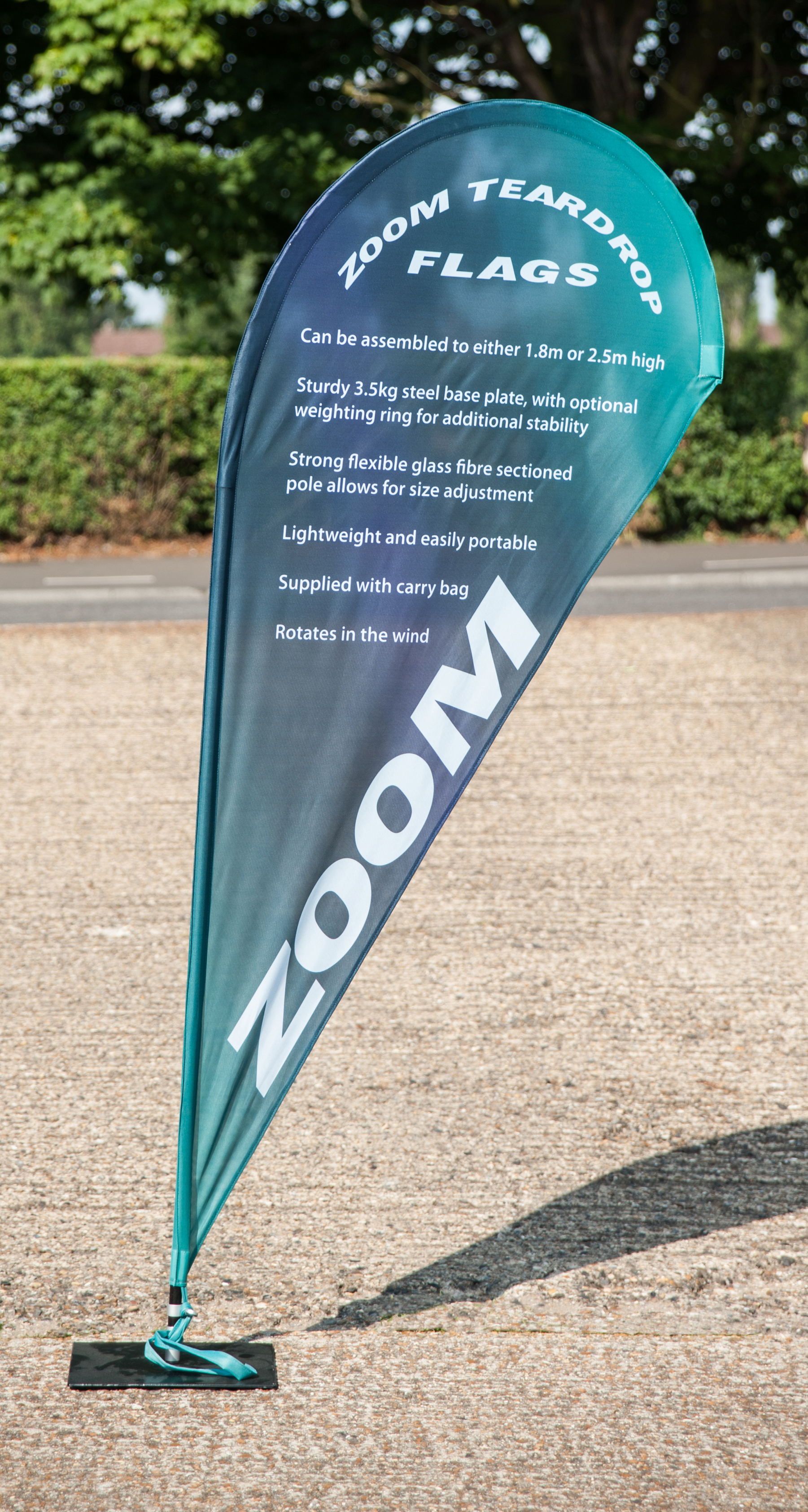 Zoom banner flags