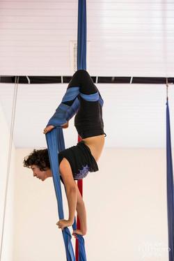 Tecido acrobático