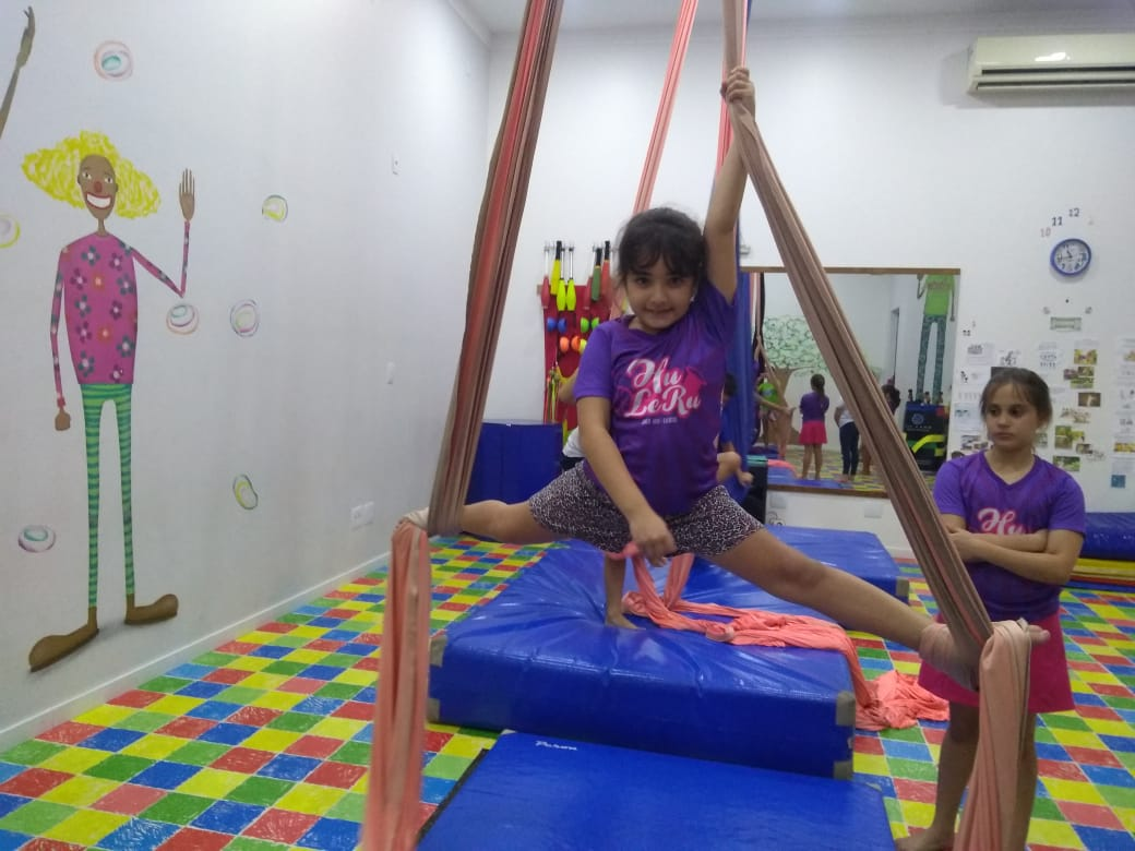 tecido e Circo Infantil